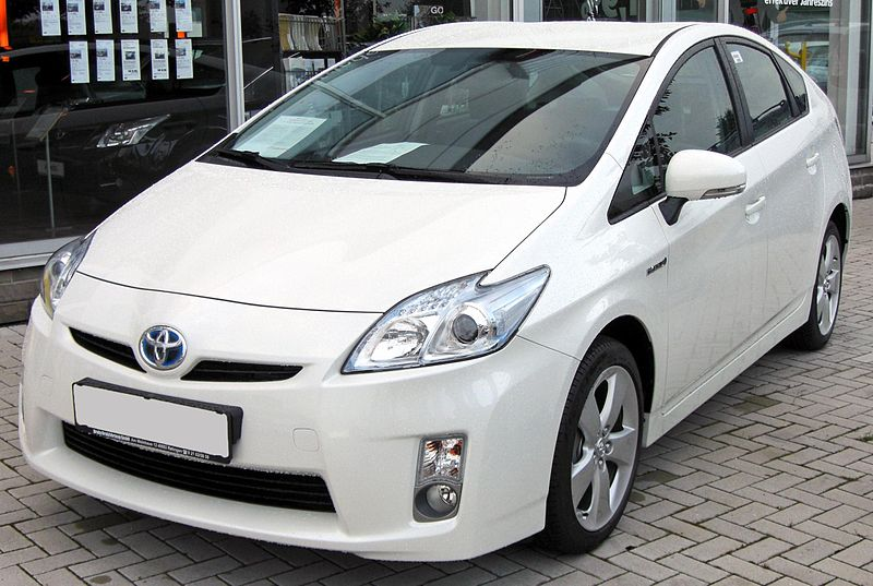 Toyota_Prius_III